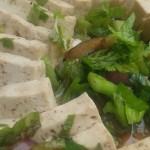 skuren tofu i närbild